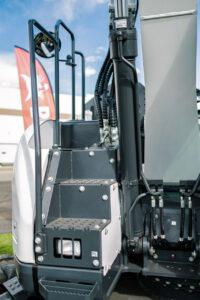 بیل مکانیکی بابکت Bobcat E145